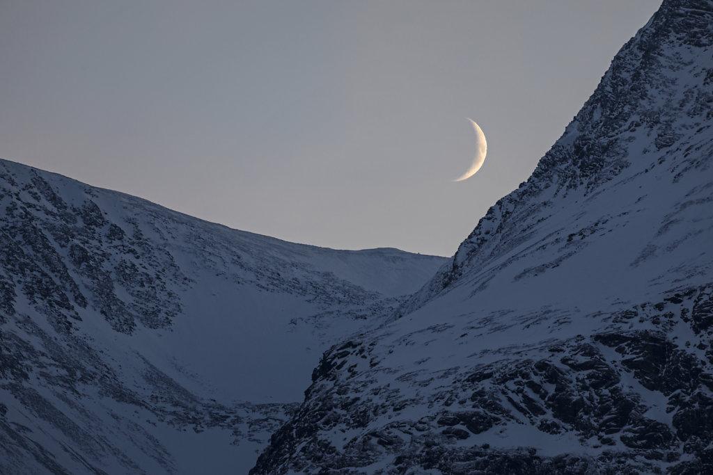 Der aufgehende Mond