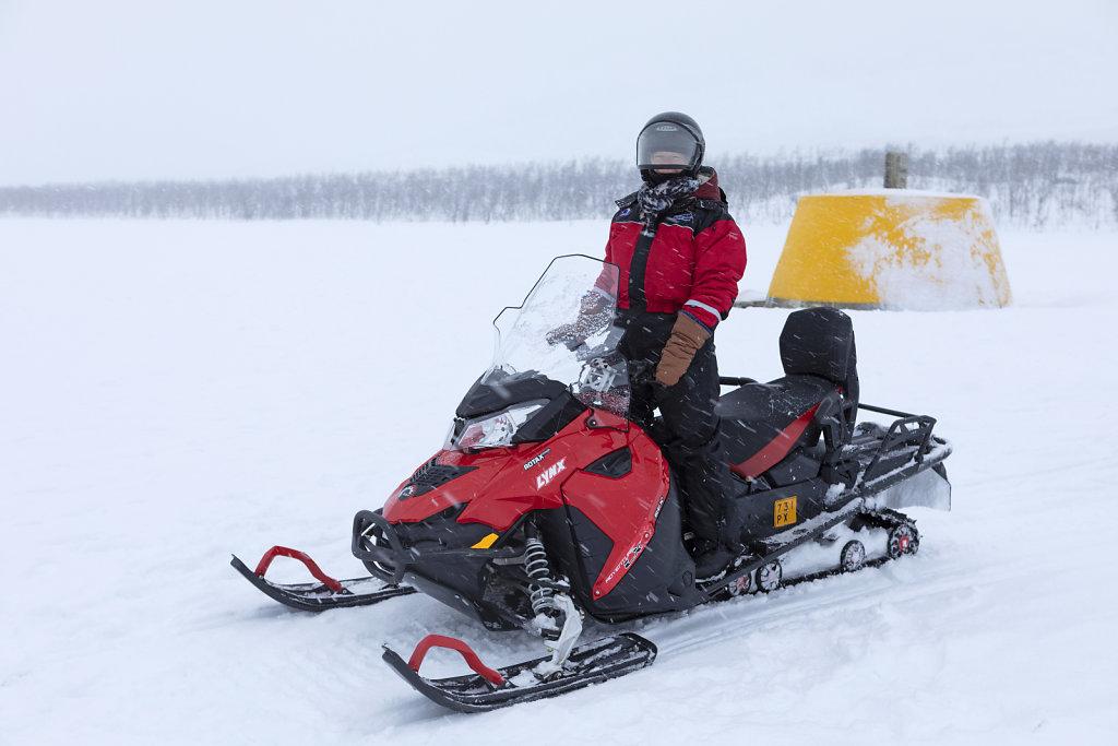Mit dem Schneemobil zum Dreiländereck Finnland-Norwegen-Schweden